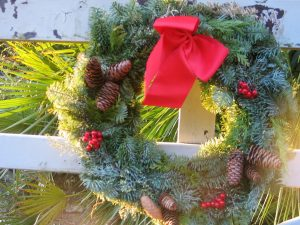 Christmas wreath gate decoration