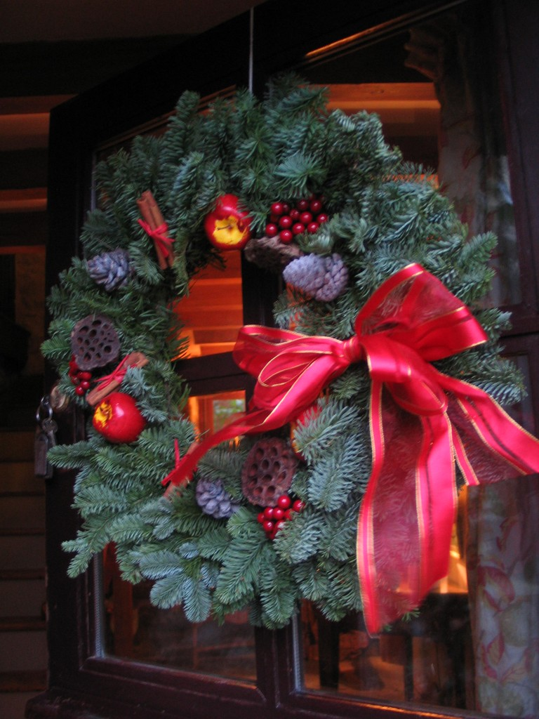 Welcoming door wreath