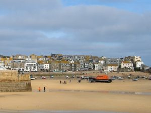 Large sandy harbour - St Ives