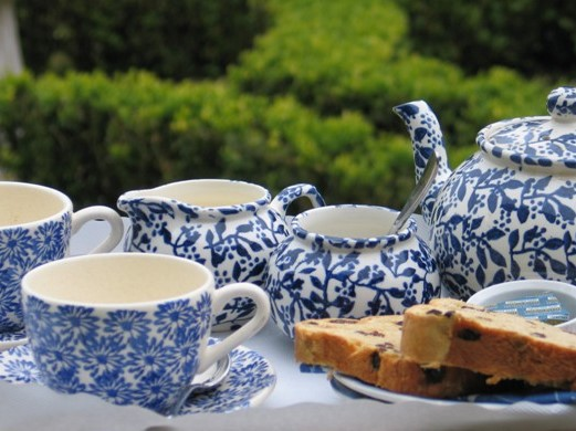 Pretty blue and white tea set