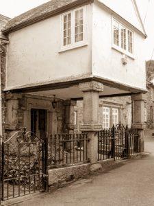 sepia pixture if keigwin house 17 century portico